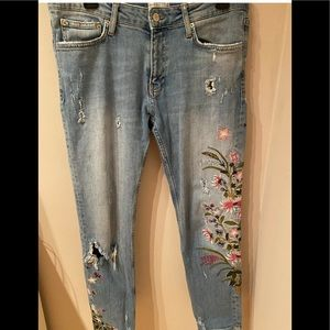 Zara Premium Denim Collection embroidered flowers, distressed, size 6